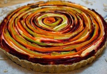 Zöldséges-rózsapite-sajtos-szárított-paradicsomos-töltelékkel-GM-vegán