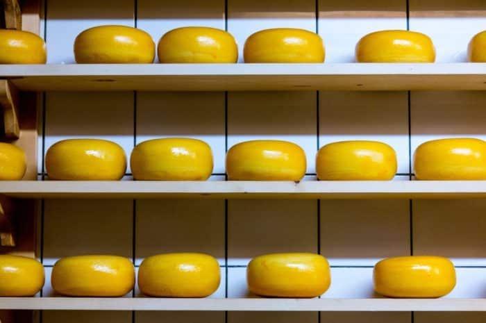 Csökken a sajt és a tej iránti kereslet