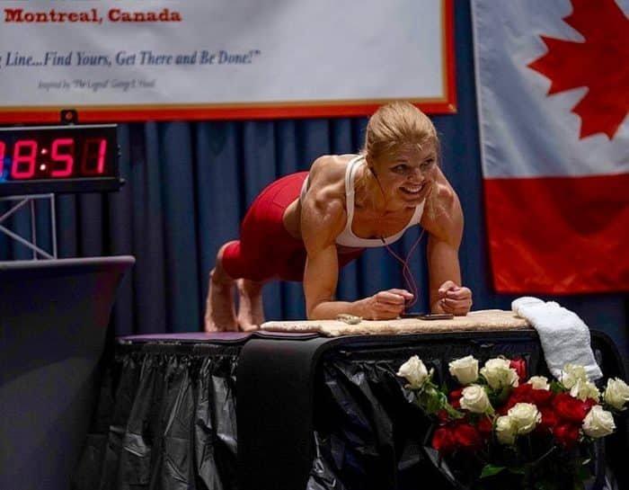 Dana Glowacka vegán atléta plank világrekord