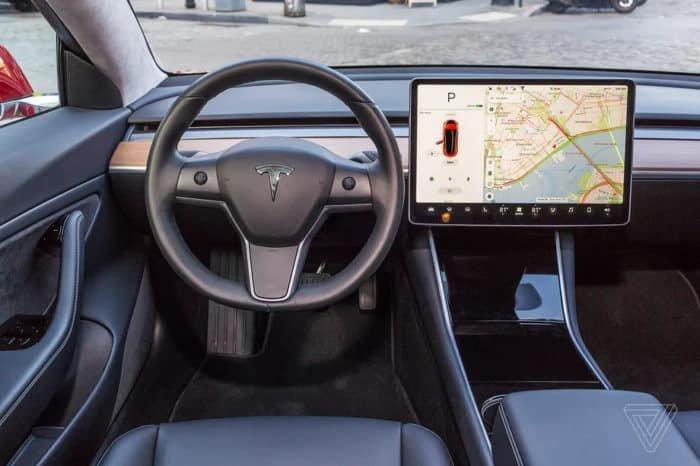 Tesla Model 3 vegán belső