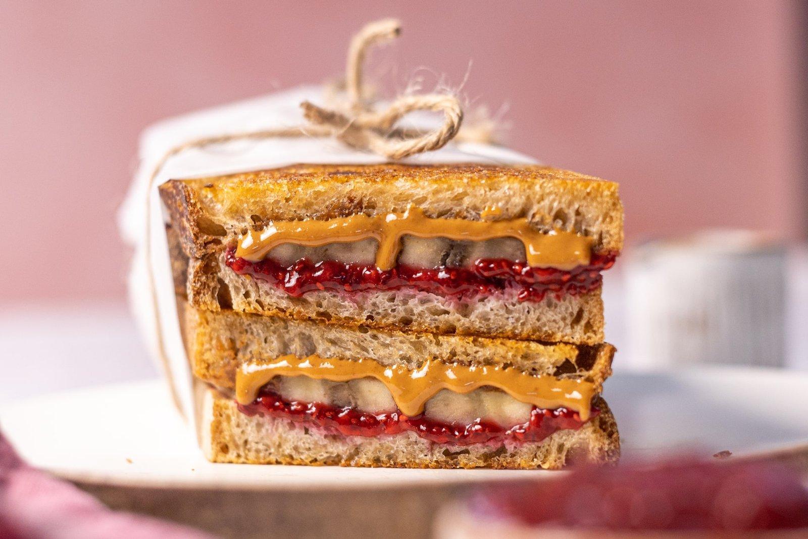 Vegán PBJ szendvics
